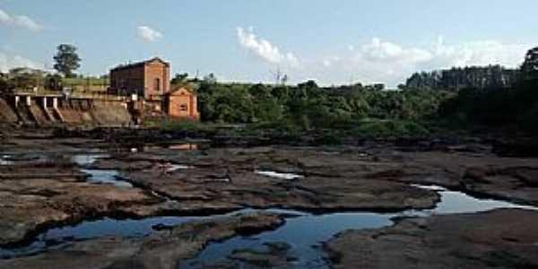 Imagens da cidade de Cajuru - SP