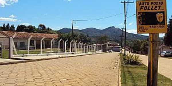 Campina de Fora-SP-Avenida central-Foto:CARVALHO