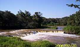 Campina do Monte Alegre - Saltinho foto por LuziACruzFrata