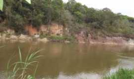 Campina do Monte Alegre - Rio Paranapanema, Por Eva de Jesus Aleixo