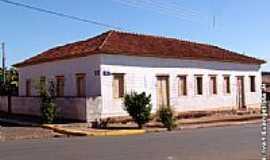 Campos Novos Paulista - Prédio Histórico por Ivan Evangelista