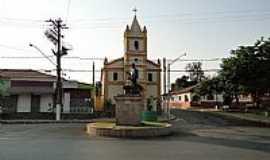 Capela do Alto - Capela do Alto-SP-Monumento em frente � Igreja-Foto:Marcos Paulo Oliveir�