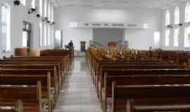 Capela do Alto - Interior da Igreja CCB, Central de Capela do Alto, Por Andr�ia C. R. Bueno