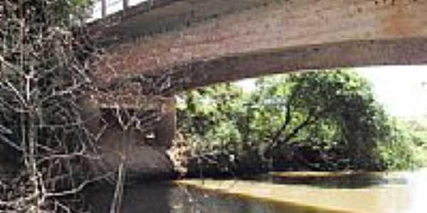 Ponte sobre o Rio Turvo-Foto:J.Roberto B. Lamoso …