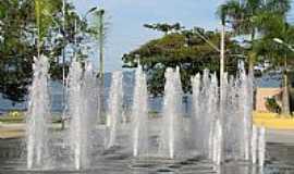 Caraguatatuba - Fonte na Prainha em Caraguatatuba-SP