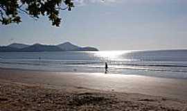 Caraguatatuba - Praia de Palmeiras em Caraguatatuba-SP
