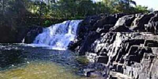 Cachoeira do Cubatão.