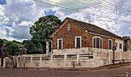 Cerqueira C�sar - Antiga constru��o-Foto:fotomarco3d