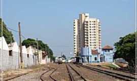 Cerquilho - Cerquilho-SP-Ferrovia cortando a cidade-Foto:Fábio Barros