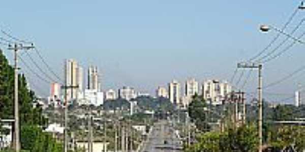 Avenida João XXIII em Cezar de Souza-Foto:John Lima