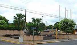 Clementina - Praça São João Batista.