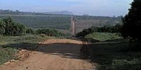 Estrada rural de Corumbataí-Foto:Jairo Tcatchenco