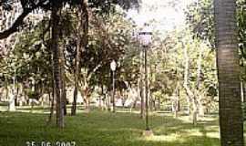 Cosmópolis - Cosmópolis Bosque das Nações  por Eliseu Bragança