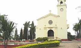 Cosmópolis - Igreja Matriz de Santa Gertrudes em Cosmópolis por Mauricio Pelissari