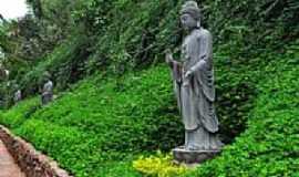 Cotia - Cotia-SP-Imagem no Templo Zu Lai-Foto:Cris Campanella