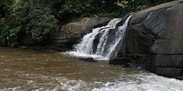 Cotia-SP-Cachoeira da Graça-Foto:Schuppys