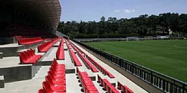 Cotia-SP-Estádio Euclides de Almeida-Foto:www.fiamfaam.br