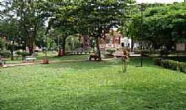 Cravinhos - Praça da Matriz por marcothz