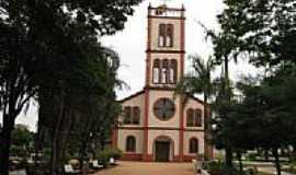 Cruzália - Igreja de São Sebastião: por Burcardo