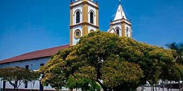Praça da Matriz e Igreja de Nossa Senhora da Conceição