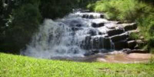 Cachoeira Sto Ambrozo, Por Dacio D. Nadalete