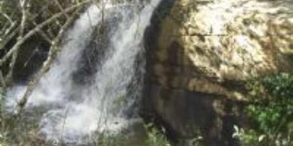 Cchoeira do Sto Ambrósio, por Suzamar Jorge