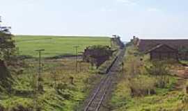 Dobrada - Antiga estação de trem por darleiteixeira