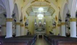 Dois C�rregos - vista interna da igreja matriz D.C., Por Luis Carlos da Cruz