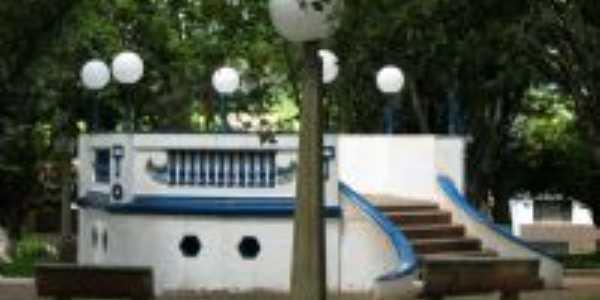 CORETO PRA�A CENTRAL CIDADE DE DOIS C�RREGOS-SP, Por Luis Carlos da Cruz