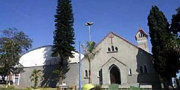 Ferraz de Vasconcelos-SP-Igreja de N.Sra.da Paz-Foto:www.encontrasp.com.br