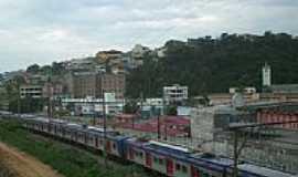 Franco da Rocha - Trem chegando em Franco da Rocha-Foto:Humberto Müller