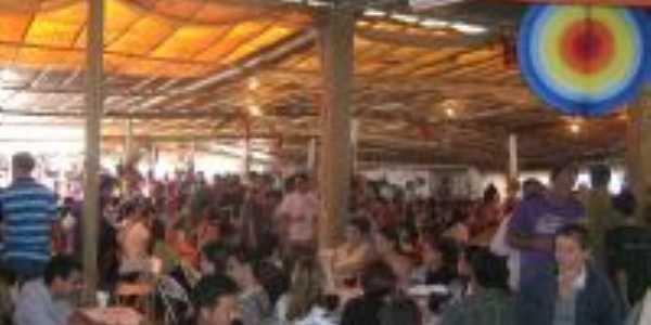 Festa de São Pedro 2009, Por Beto