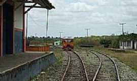Petim - Petim-BA-Pátio da Estação Ferroviária-Foto:Roosevelt Reis