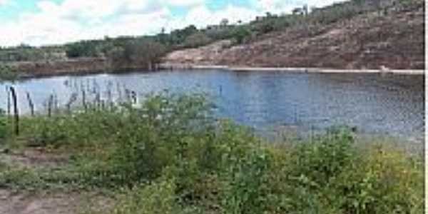 Petim-BA-Açude para abastecimento-Foto:caritasdeamargosa.blogspot.com.br