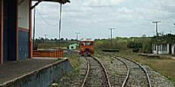 Petim-BA-Pátio da Estação Ferroviária-Foto:Roosevelt Reis