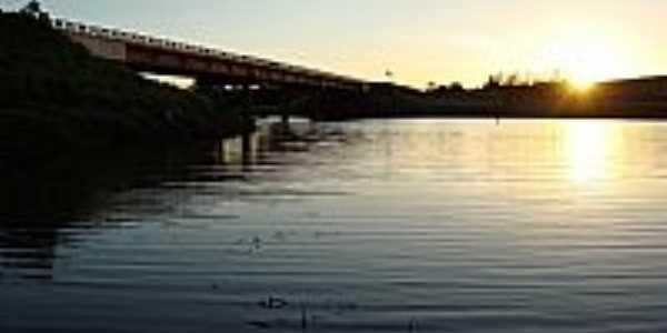 Gardênia-SP-Pôr do Sol na Ponte-Foto:Netto Monteiro