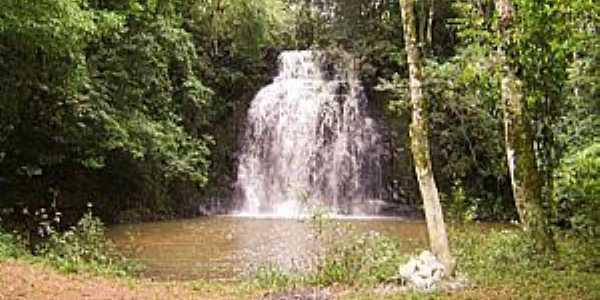 Imagens da cidade de Gavião Peixoto - SP - Cachoeira do Arangá