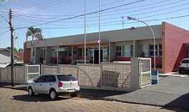Getulina - Getulina-AP-Centro de Saúde-Foto:Gerê