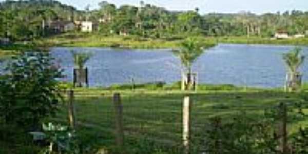 Lago em Piabanha-Foto:zé monteiro
