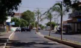 Guaimbê - RUA CENTRAL - POR EDUARDO K IWASAKI,