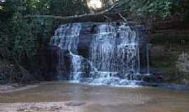Guaraçaí - Cachoeira   foto por Igor C.A.