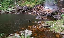 Piat� - Piat�-BA-Cachoeira Patr�cio-Foto:bduartezu