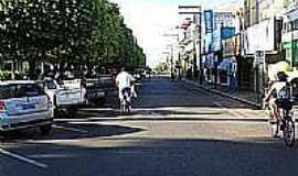 Guararapes - Rua da Praça N.Sra.conceição em Guararapes-Foto:Marcelo Szk