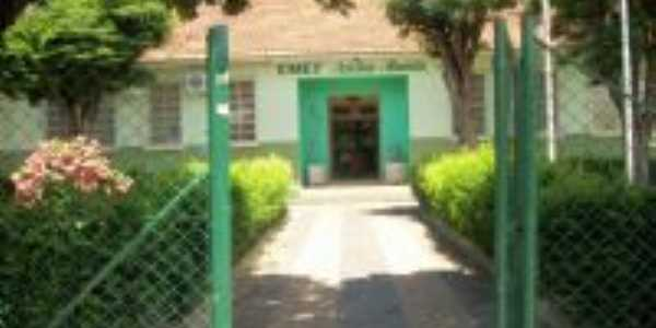 Escola Adelmo Almeida, Por André Crespi Junior