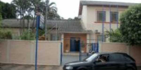 Escola Dr Antonio pinto de Oliveira, Por Andr� Crespi Junior