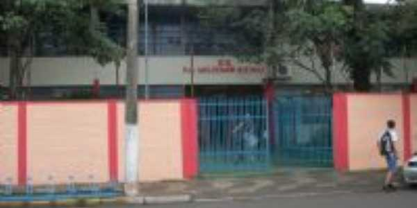 Escola Professor Waldemar Queiroz  GEPWQ, Por Andr� Crespi Junior