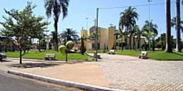 Guzolândia-SP-Praça da Matriz-Foto:mauronesic