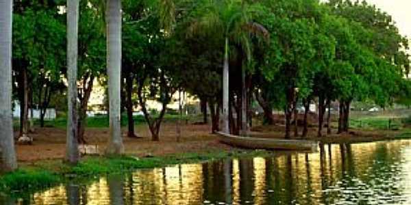 Rio-Ribeirão Claro