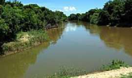 Iacri - Rio Feio (aguapeí)foto por Eduardo M. P. Dantas