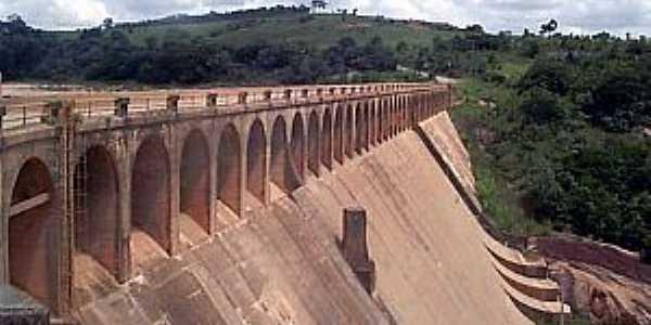 Ibiúna-SP-Barragem da Represa-Foto:www.valedospassaros.